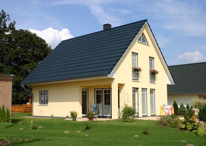 GRUNDSTÜCK & FAMILY - HAUS in idyllischer Wohnlage ***KfW 55 Effizienzhaus***
