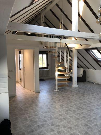 Komplett renovierte Maisonette Wohnung sucht Sie