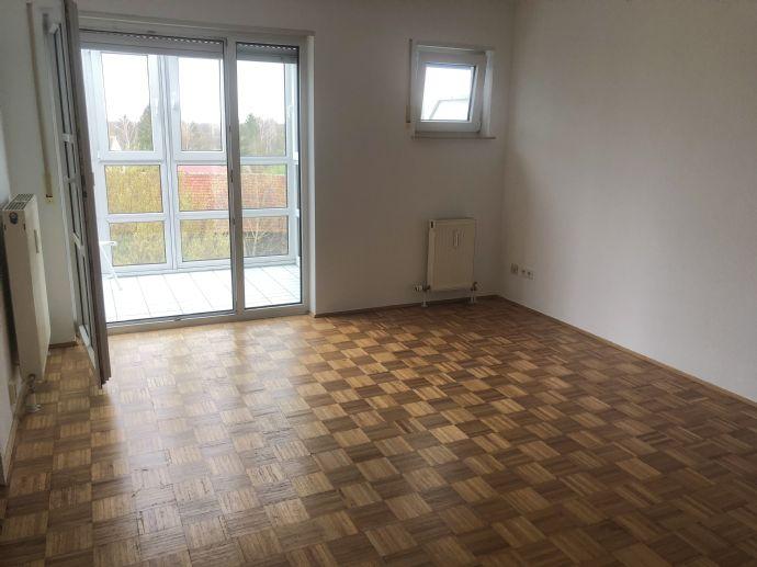 1-Zimmer-Wohnung mit Wintergarten in Freising