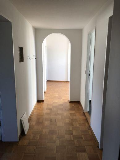 3-Zimmer-Wohnung mit innenliegendem Balkon, bezugsfertig ab sofort