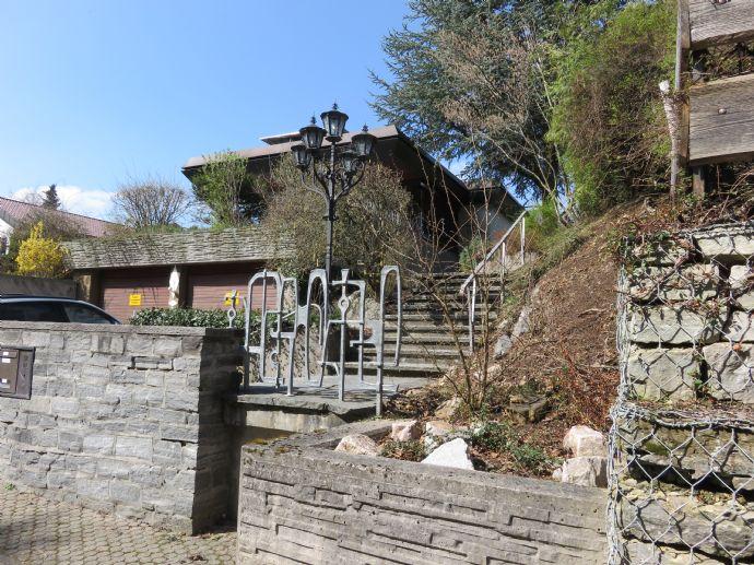 Repräsentative und exclusive Stadtvilla in bester Lage von Trossingen