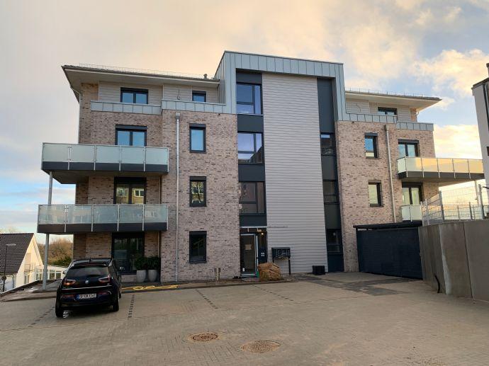 3-Zimmer-Wohnung mit 2 Balkonen und Aufzug, Erstbezug noch vor Ostern!