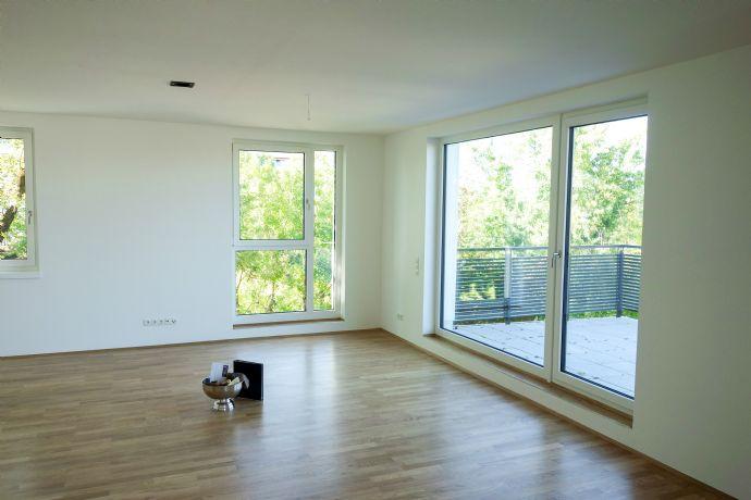 Penthouse! Schöne und exklusive 4 Zimmer Penthouse Wohnung