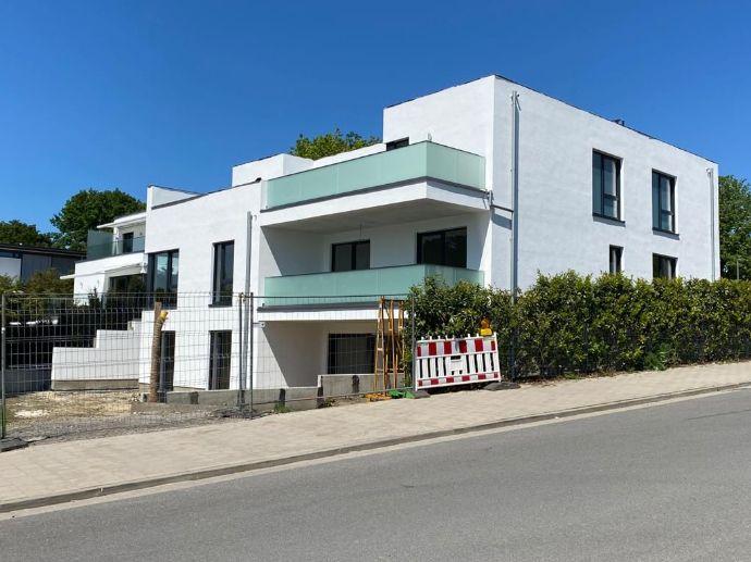 Moderne und gehobene Neubauwohnung mit