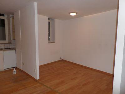 1 zimmer wohnung mieten k ln weidenpesch 1 zimmer. Black Bedroom Furniture Sets. Home Design Ideas