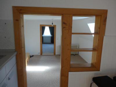 Gepflegte 2,5 Zimmer-Wohnung, renoviert, 60388 Frankfurt-Bergen