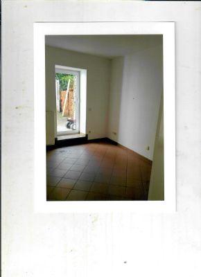 wohnung in 04703 leisnig zu vermieten wohnung leisnig 2bm3d4r. Black Bedroom Furniture Sets. Home Design Ideas