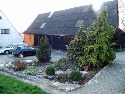 Bauernhaus_Scheune_Grundstueck_02