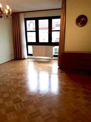 Von Privat. Dietzenbach 2-Zimmer Eigentumswohnung mit großem Balkon /inkl. Tiefgaragenstellplatz