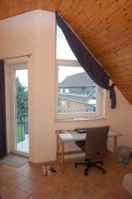 DG Schlafzimmer mit Balkon