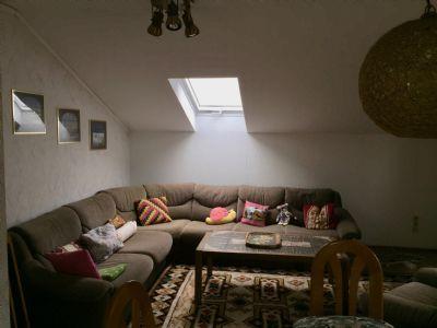 2. Wohnzimmer