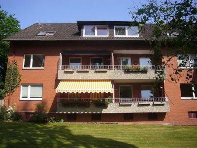 3 Zi Helle Ruhige Dachgeschoss Wohnung Mit Gro 223 E Einbauk 252 Che Zum Sitzen In Top Lage Von Glinde