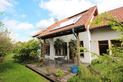 traumhaftes einfamilienhaus mit sch nem garten einfamilienhaus herford 2gk2m4d. Black Bedroom Furniture Sets. Home Design Ideas