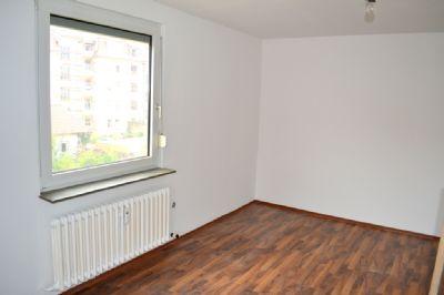 wohnen mit festungsblick wohnung w rzburg 2dgsd48. Black Bedroom Furniture Sets. Home Design Ideas