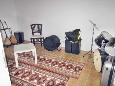 Musikraum-im-Keller