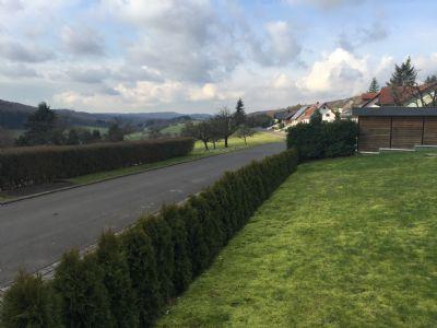 Grundstück unmittlebar am Feld