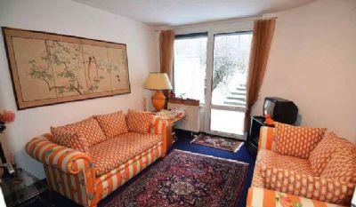 Gästezimmer im Soutt mit kleiner Terrasse