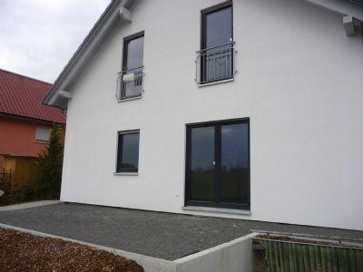 Hausansicht / Terrassenbereich