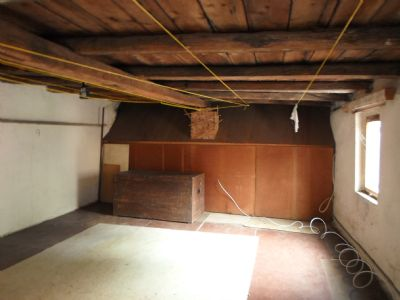 Bild 37 Dachboden über Sommerküche/Waschküche/Dusc