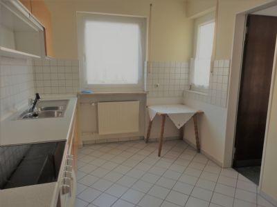 Küche, rechts Speisekammer