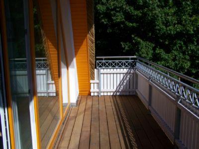 Balkonbelag & Geländer