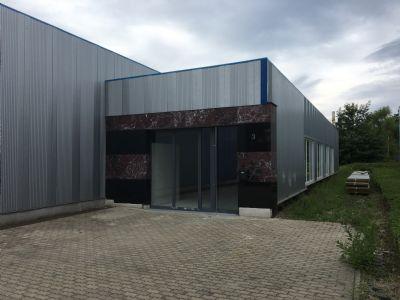 gewerbehalle mit ausstellung industriehalle rietberg 2frxw4l. Black Bedroom Furniture Sets. Home Design Ideas