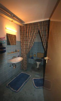 Toilette Kellergeschoss