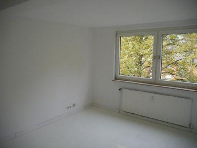 vermietete wohnungen als anlageobjekt in hamburg bramfeld zum kauf 7 von insgesamt 16. Black Bedroom Furniture Sets. Home Design Ideas