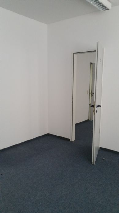 b ro praxisr ume bezugsfertig ohne provision suhl ffcaffdc. Black Bedroom Furniture Sets. Home Design Ideas