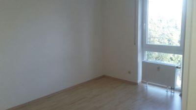 Zentral Gelegene Wohnung In Ulm Mit Grossem Balkon