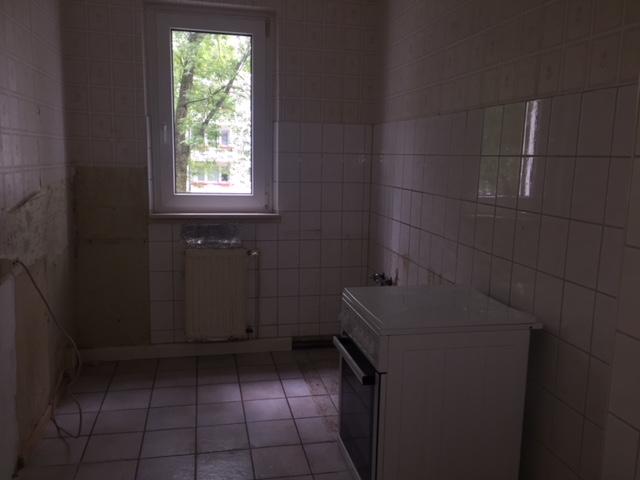 2 Zimmer mit Balkon in der Südstadt Etagenwohnung Rostock (2KKY44V)