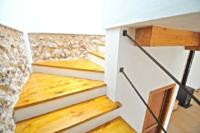 renoviertes dorfhaus in pina algaida mit solar regenwasseranlage einfamilienhaus algaida. Black Bedroom Furniture Sets. Home Design Ideas