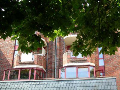 1-Zimmer-Appartment mit Wintergarten und Balkon nahe Rosenplatz zu vermieten