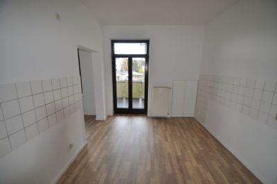 miet mich schicke 3 raum we mit grosser k che und esszimmer riesen balkon im gepflegten. Black Bedroom Furniture Sets. Home Design Ideas
