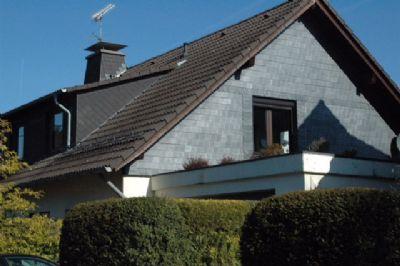 4 familienhaus mit garten in ruhiger wohnstrasse zu verkaufen mehrfamilienhaus wipperf rth 2ch654q. Black Bedroom Furniture Sets. Home Design Ideas