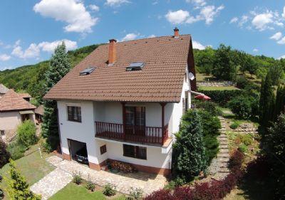 einfamilienhaus mit elw fussbodenheizung balkon und. Black Bedroom Furniture Sets. Home Design Ideas