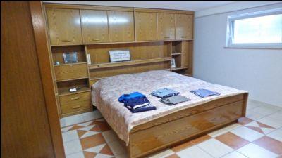 Schlafzimmer im KG