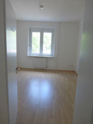 hattingen welper 2 zimmerwohnung mit wohnk che und balkon wohnung hattingen 2cdxh4a. Black Bedroom Furniture Sets. Home Design Ideas