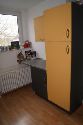 helle moderne dg wohnung zu vermieten etagenwohnung k ln. Black Bedroom Furniture Sets. Home Design Ideas