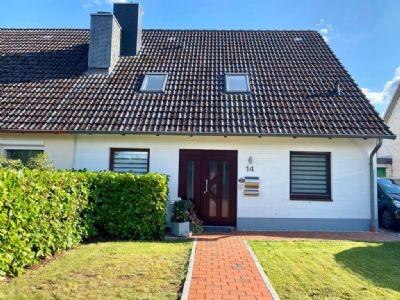 Charmante Doppelhaushälfte in begehrter Lage in Bad Malente