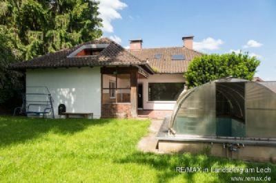 Die Terrasse und der Pool
