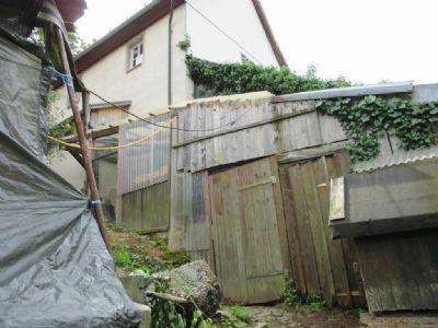 Kleine Scheune gleich beim Garten