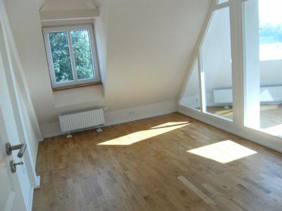 maisonette wohnung mit west balkon moderner einbauk chen und gr nen blick auf den lech. Black Bedroom Furniture Sets. Home Design Ideas