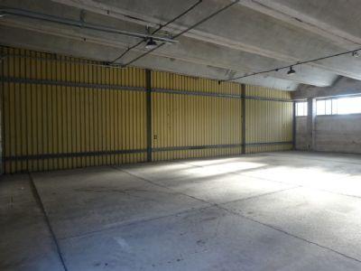 lagerhalle produktionshalle xxl garage oder unterstellm glichkeit neue rolltore. Black Bedroom Furniture Sets. Home Design Ideas