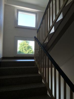 gepflegte Treppenhäuser