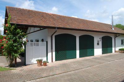 Garagengebäude (ehem. Remise)