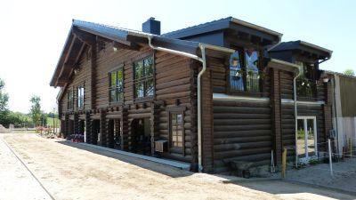 Holzhaus Reitanlage