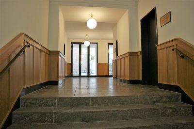 hochwertige 3 zimmer wohnung in mitte am k llnischen park zu vermieten etagenwohnung berlin. Black Bedroom Furniture Sets. Home Design Ideas