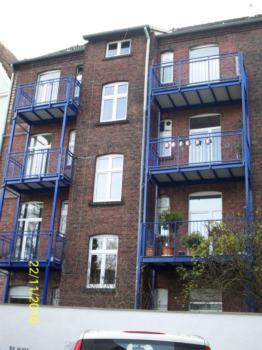Bild 2 von 18 neue balkone am haus