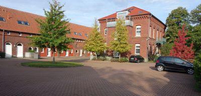 ZU VERMIETEN: Wunderschönes + modernes Reihenhaus auf 3 Ebenen mit Stellplatz in einer sehr guten Wohngegend